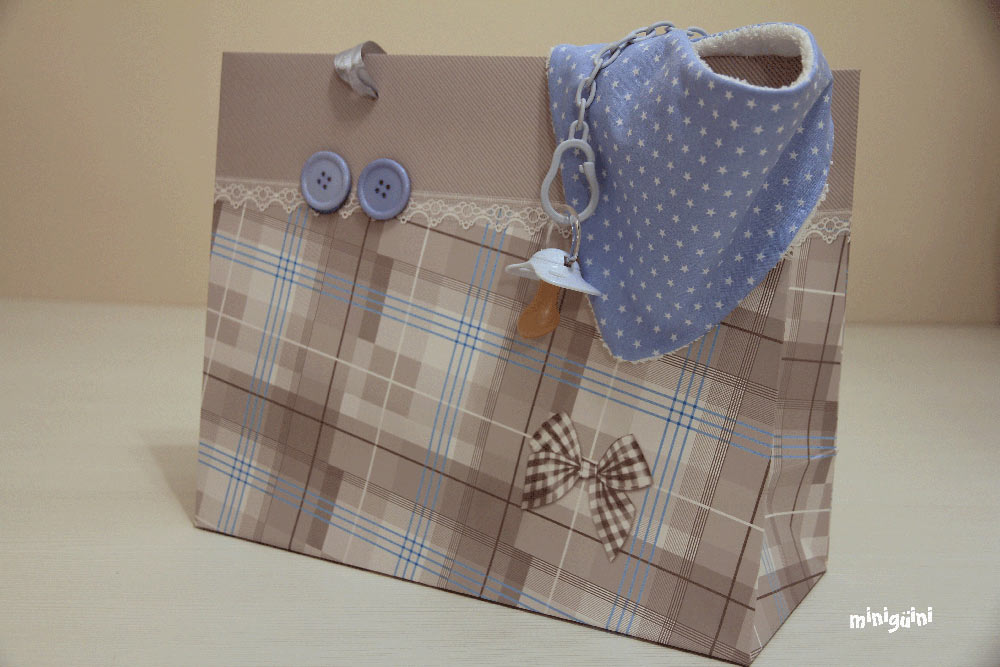 Babero tela toalla