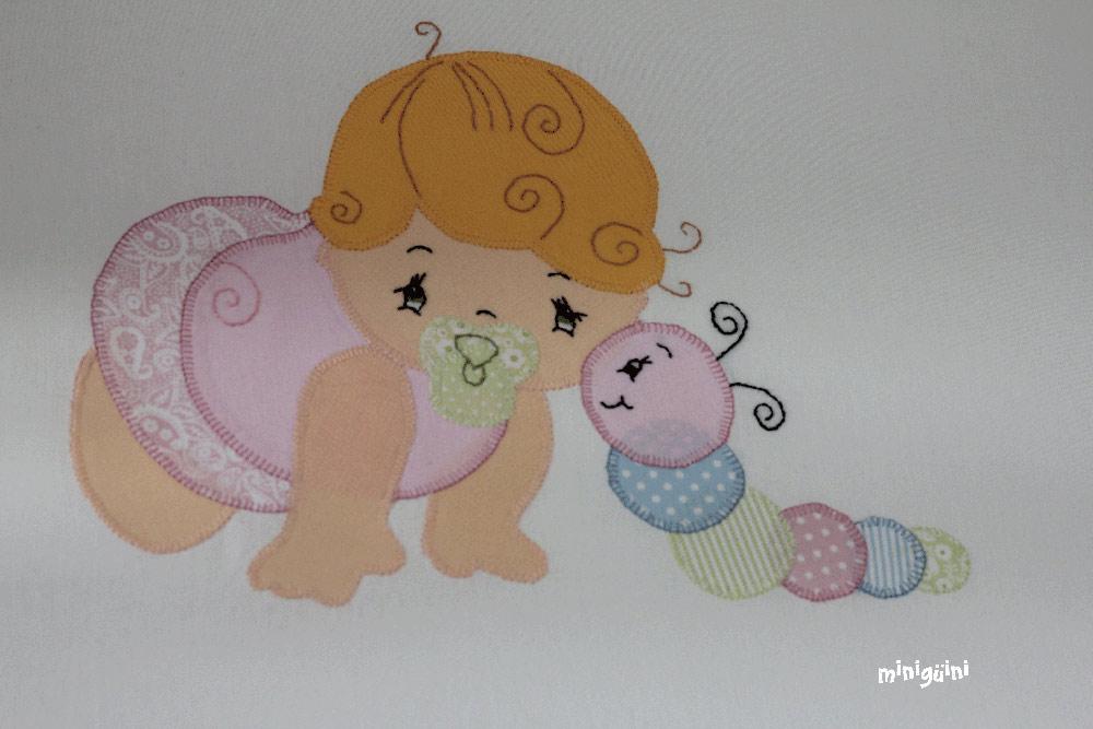 Detalle bordado colcha bebé